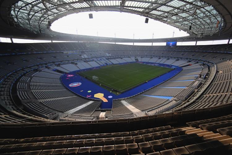 capacity of stade de france