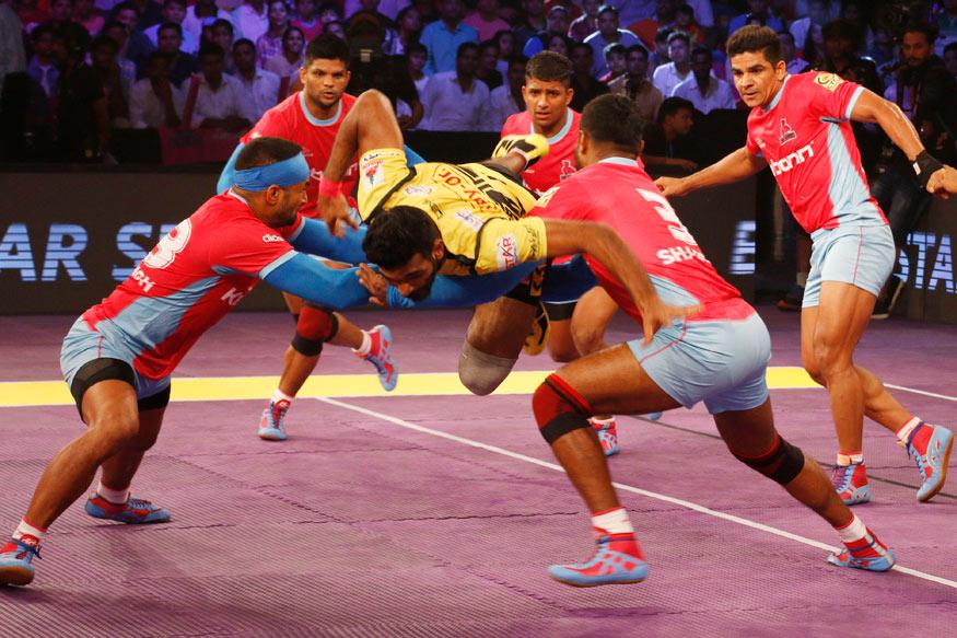 Pro Kabaddi: Jaipur Pink Panthers Edge Bengaluru Bulls 30-28