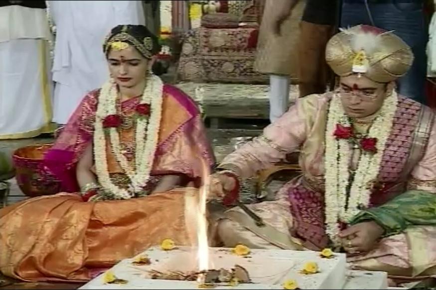 Royal Wedding At Mysore Palace King Yaduveer Ties Knot