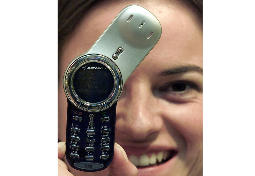 5-motorola-phone-180617