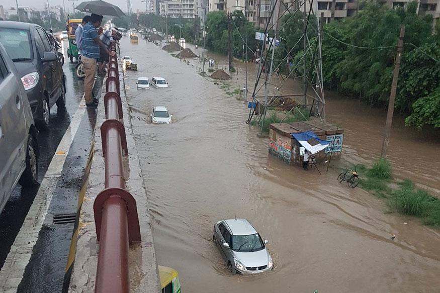 Blame Game Over Traffic Jam in Gurgaon, Haryana Says Delhi Govt is Responsible