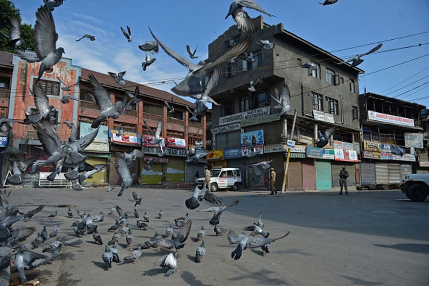 Normalcy Shows up in Kashmir, No Curfew But Assembly of People Still Restricted