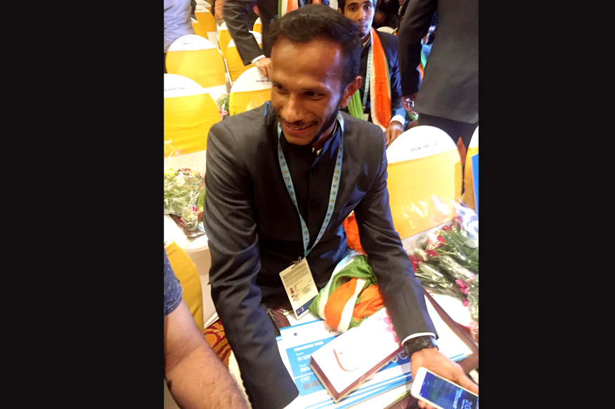Elated SV Sunil, after being named vice-captain of the 16-member squad selected for Rio. (Photo Credit: News18)