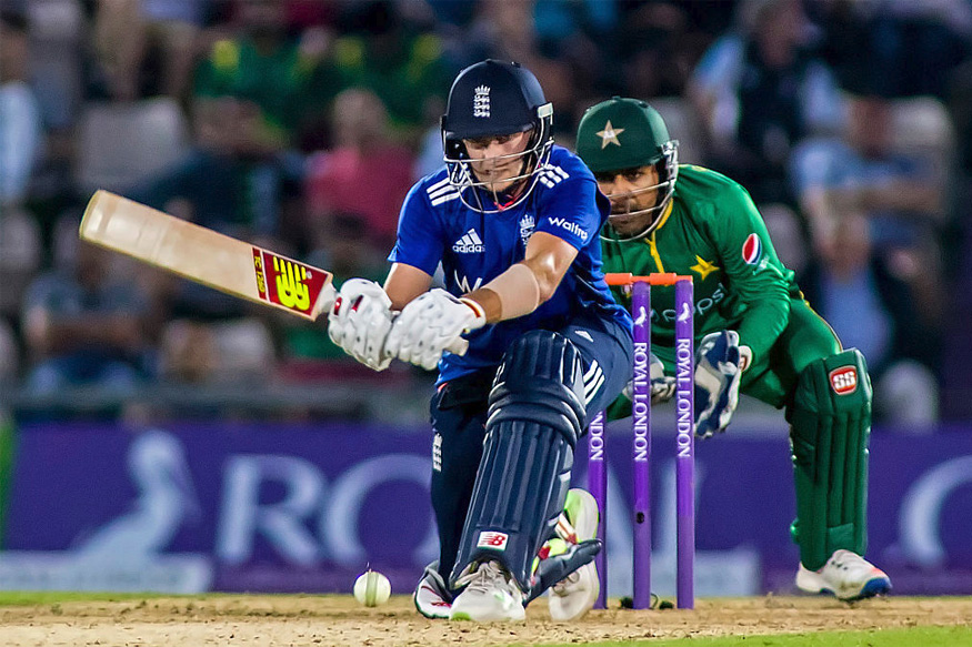 England Beat Pakistan in Rain-Hit 1st ODI