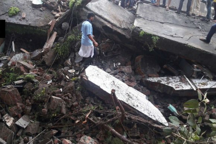 Three killed in building crash in Maharashtra