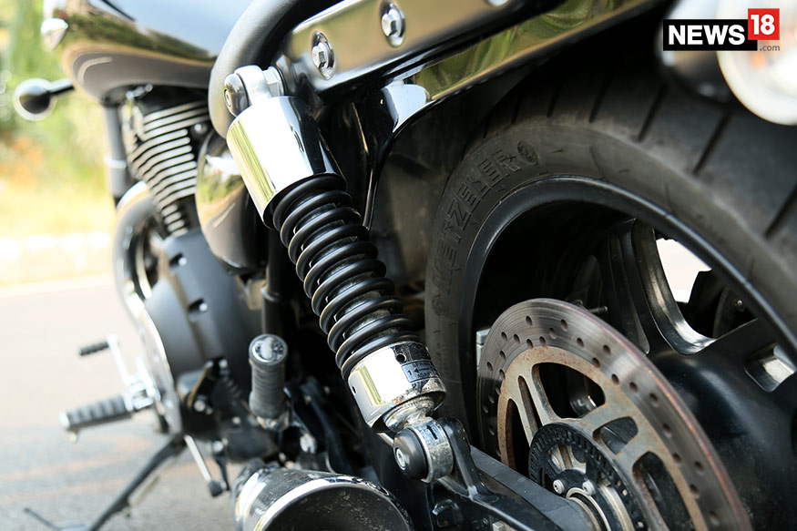 Triumph-Thunderbird-Storm-Suspension
