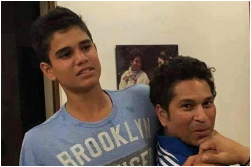 Is Sachin Tendulkar Hugging Son Arjun Tendulkar or Justin Bieber? You decide
