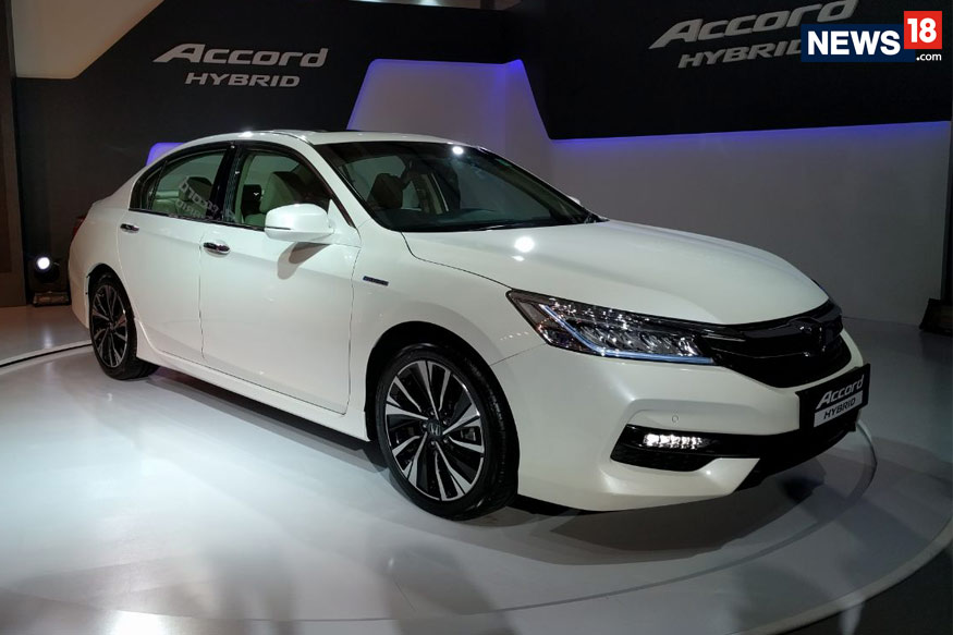 honda accord hybrid launched in india at rs 37 lakh ex showroom delhi news18. Black Bedroom Furniture Sets. Home Design Ideas