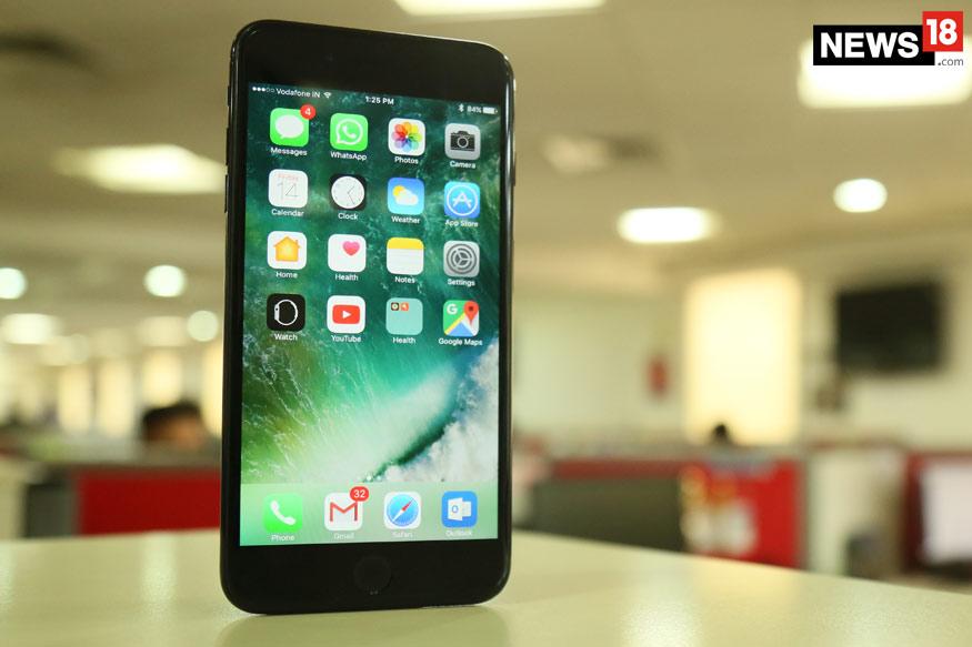 Apple-iPhone-7-Plus-Display-1