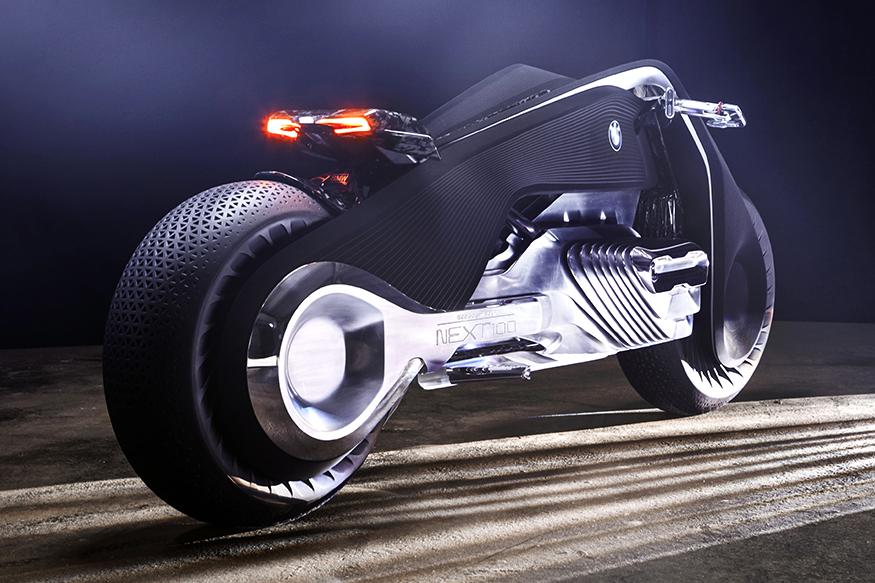 BMW-Motorrad-Vision-100-Rear