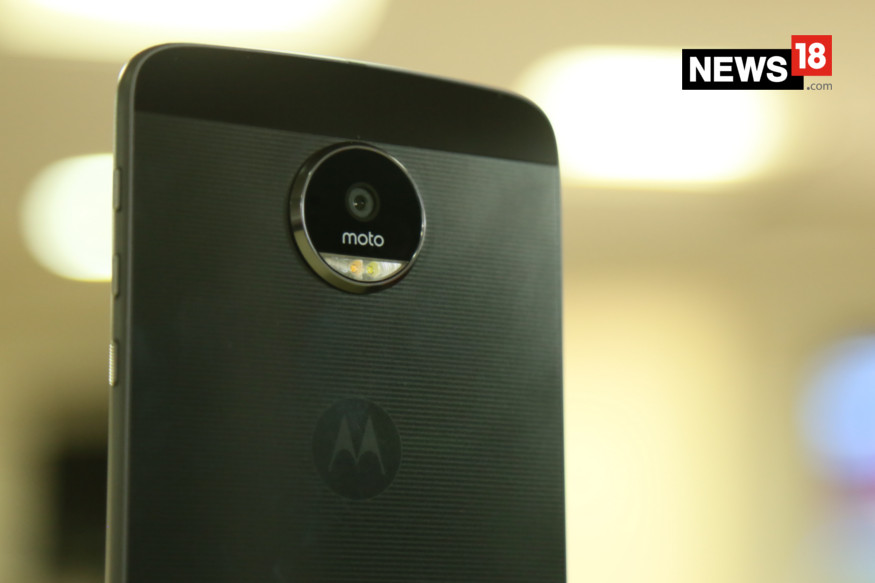 Motorola Moto Z review, Moto Z review, Moto Z specs, Moto Z price, Moto Mods, Moto Z sale, smartphones, technology news
