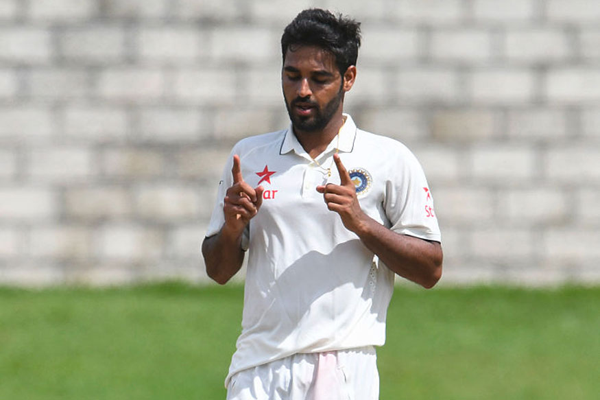 Live Cricket Score, India vs Sri Lanka, 1st Test, Day 3, Kolkata: Bhuvneshwar Gets Karunaratne, Sadeera
