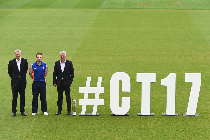 ECB Director Global Events Steve Elworthy, England's ODI Captain Eoin Morgan and ICC Chief Executive David Richardson. (Getty Images)