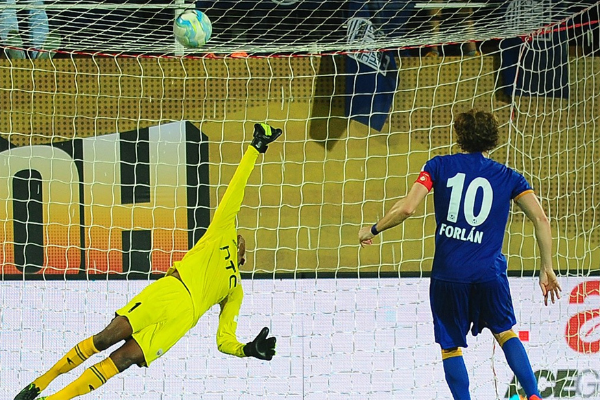 Diego Forlan. (Image Credit: ISL)