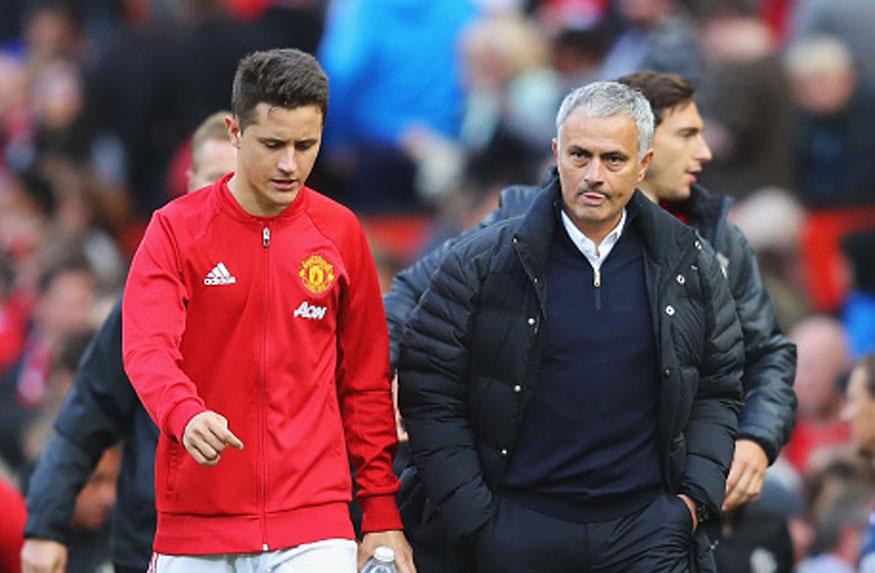Ander Herrera with Jose Mourinho. (Getty Images)