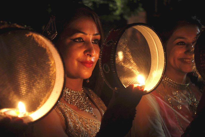 Karva Chauth 2017: These Tips Will Help You Get Glowing Skin
