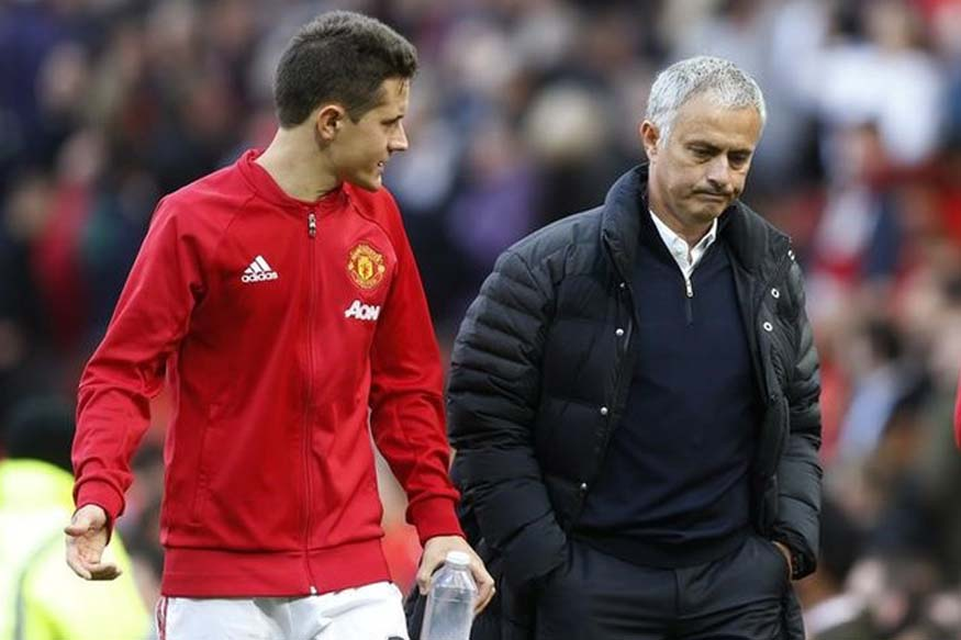 Ander Herrera and Jose Mourinho (Reuters)