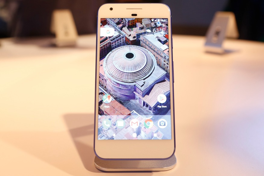 (Photo: Reuters/The Google Pixel phone is displayed during the presentation of new Google hardware in San Francisco.)