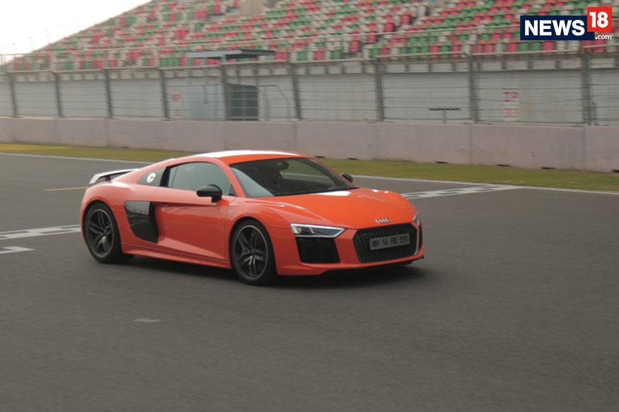 Audi-R8-V10-Plus-3