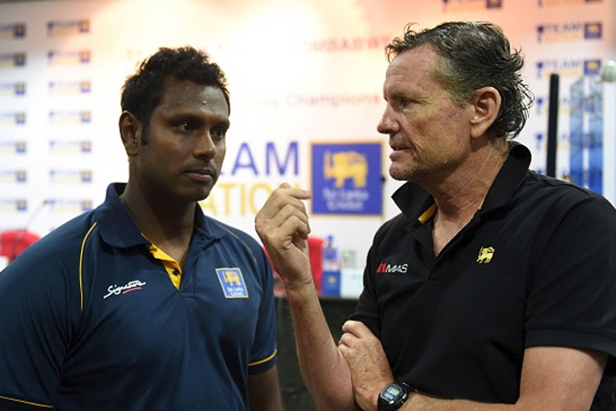 Sri Lankan captain Angelo Mathews with coach Graham Ford (Getty Images)