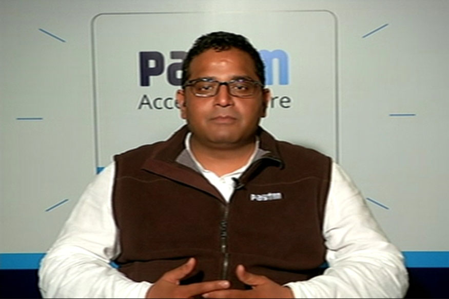 Paytm Founder Vijay Sharma Cries Foul, Alleges WhatsApp not Following Security Guidelines