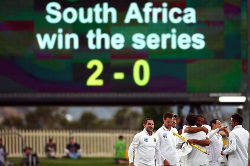 South African Team celebrating after Beating Australia in 2nd Test. (Reuters Images)