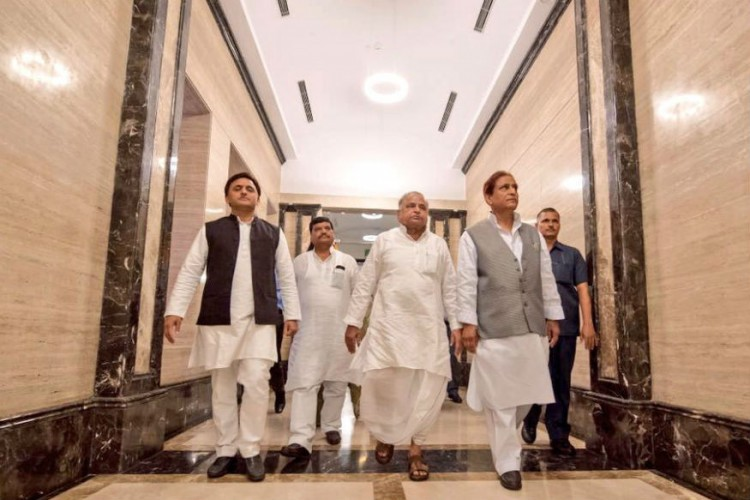 mulayam in office
