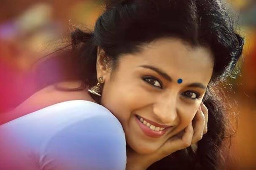 tamil actress trisha okkum videos