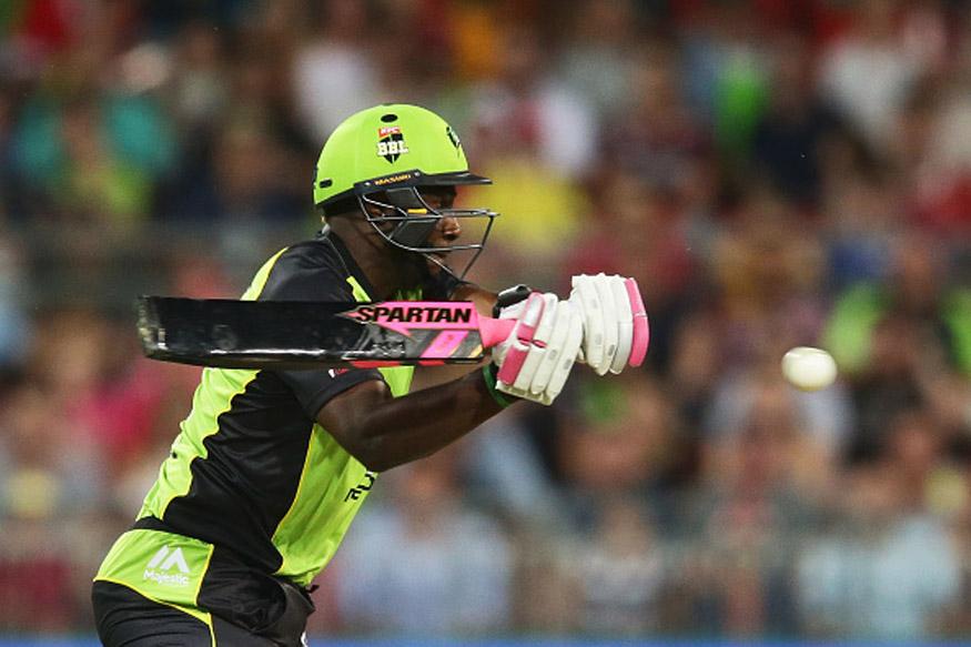 क्रिकेट बाॅल हुई बदरंग तो  बैट के इस्तेमाल पर लगाया प्रतिबन्ध