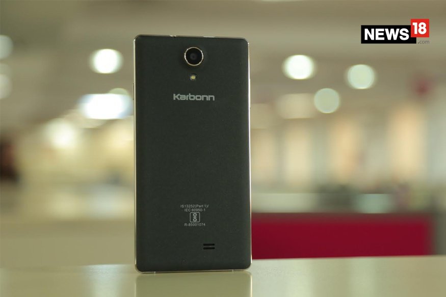 Karbonn Fashion Eye Review: Discover Fashion Trends With This AI-powered Phone For Rs 5,490