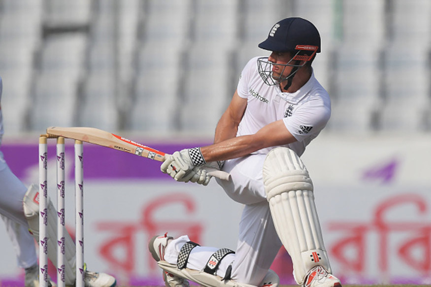 3rd Test: Cook Stands Firm on Opening Day Of Oval Test