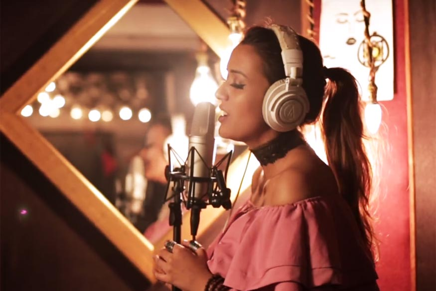 This Beautiful Cover of 'Tu Mane Ya Na Mane' Will Soothe Your Soul