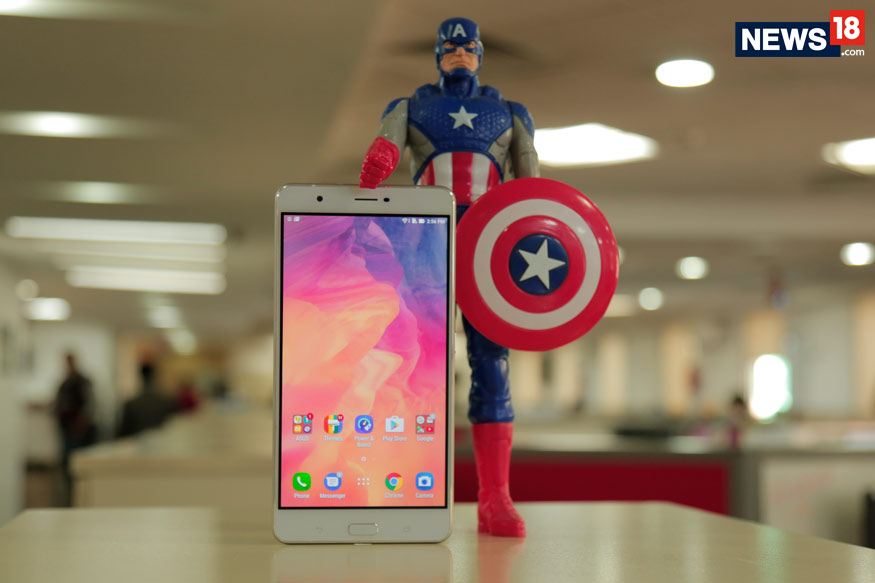 Asus Zenfone 3 Ultra Review: A Sensible Captain America in a Hulk's Body