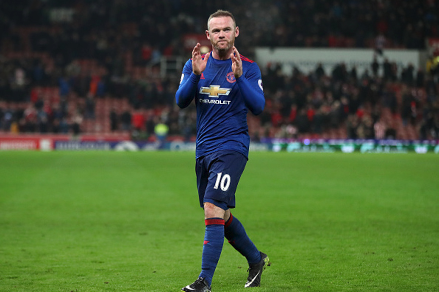 Wayne Rooney Breaks Charlton's Record, Twitter Explodes With Praise
