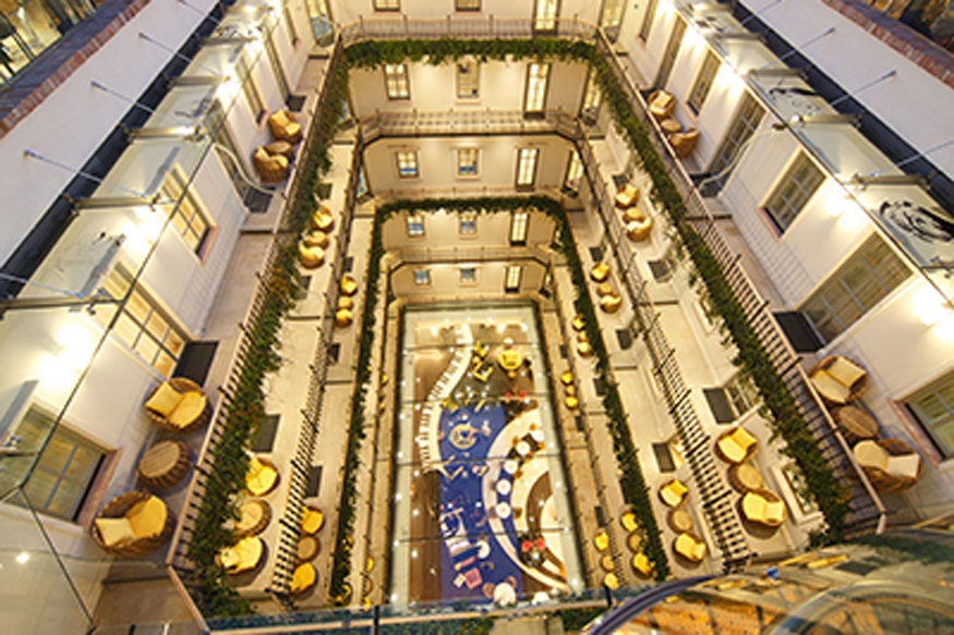 Boutique hotel in budapest gets world 39 s best hotel 2017 for Best boutique hotels 2017