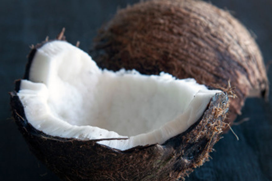 Reasons To Start Putting Coconut Oil On Your Face and Skin