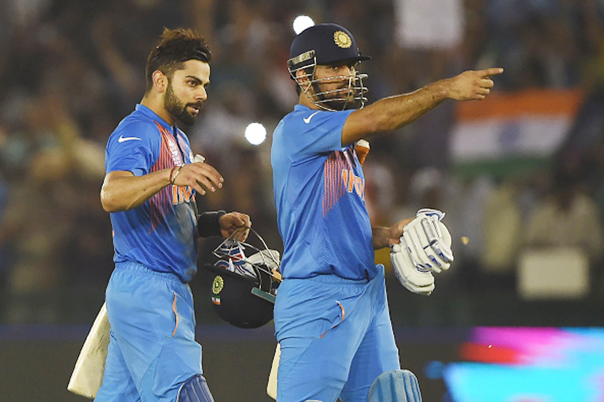 Virat Kohli and Mahendra Singh Dhoni. (Getty Images)