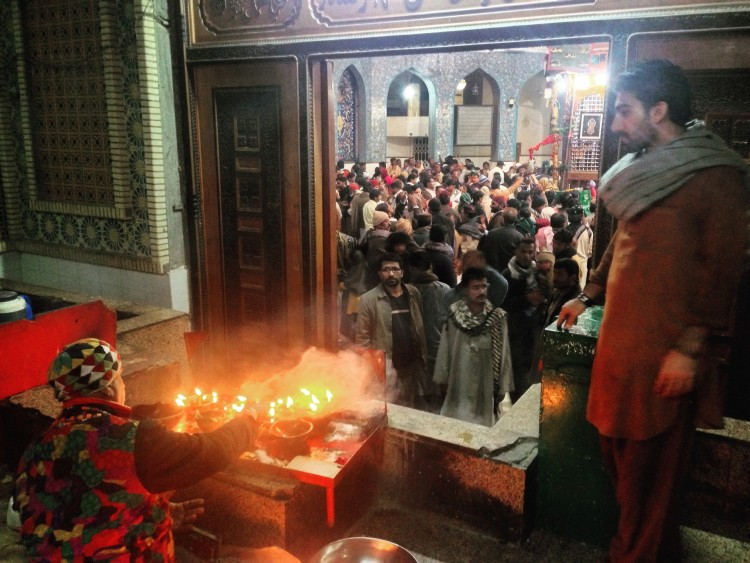 Devotees can pay any amount as Sadaqah, charity, and light an oil lamp at the Shrine. This reminded me of the famous words by Amir Khusrow uttered in Lal Shahbaz Qalandar's honour – 'Chaar charaag tere baran hamesha, Panjwa mein baaran aayi bala jhoole laalan' [Translation: Your shrine is always lighted with four lamps, And here I come to light a fifth lamp in your honour]