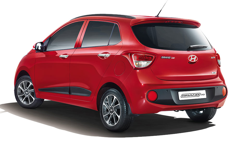 new hyundai grand i10 facelift launched at rs lakh gets new styling and features news18. Black Bedroom Furniture Sets. Home Design Ideas