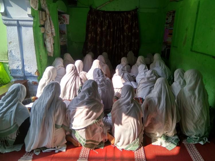 Ma'had Aaishatus-Siddiqah Qasimul Uloom Lil Banaat, madarsa for girls. (Image: News18.com)