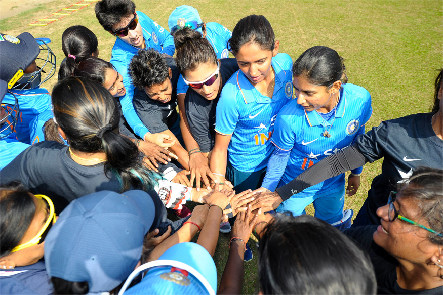 Mithali Raj & Girls Felicitated for World Cup Heroics