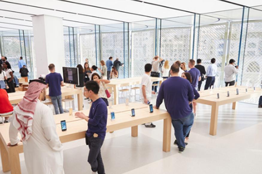 [Image: apple-dubai-mall-5-.jpg]