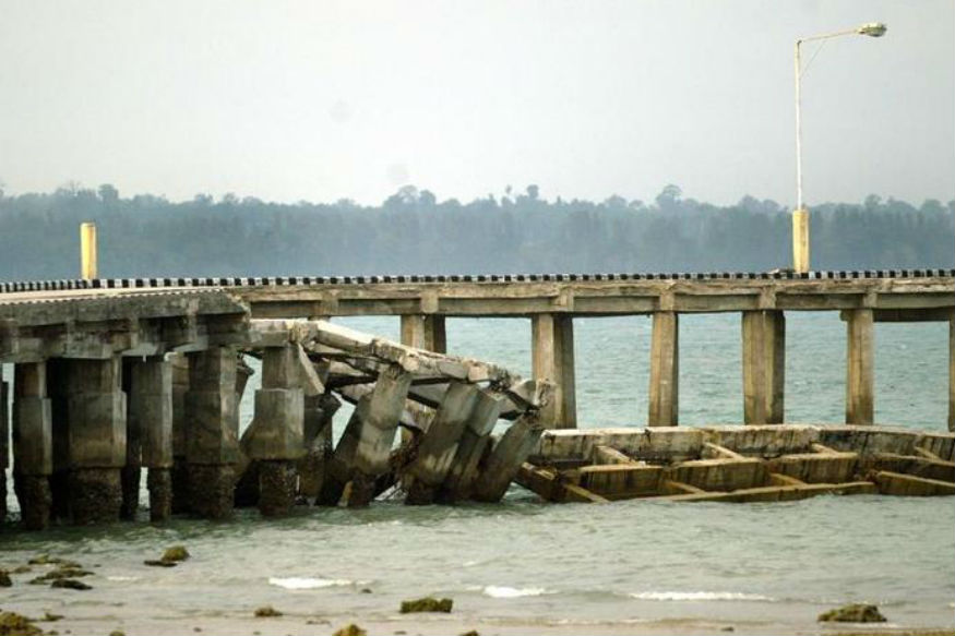 Hooghly Jetty Collapse Kills Three, 40 Missing