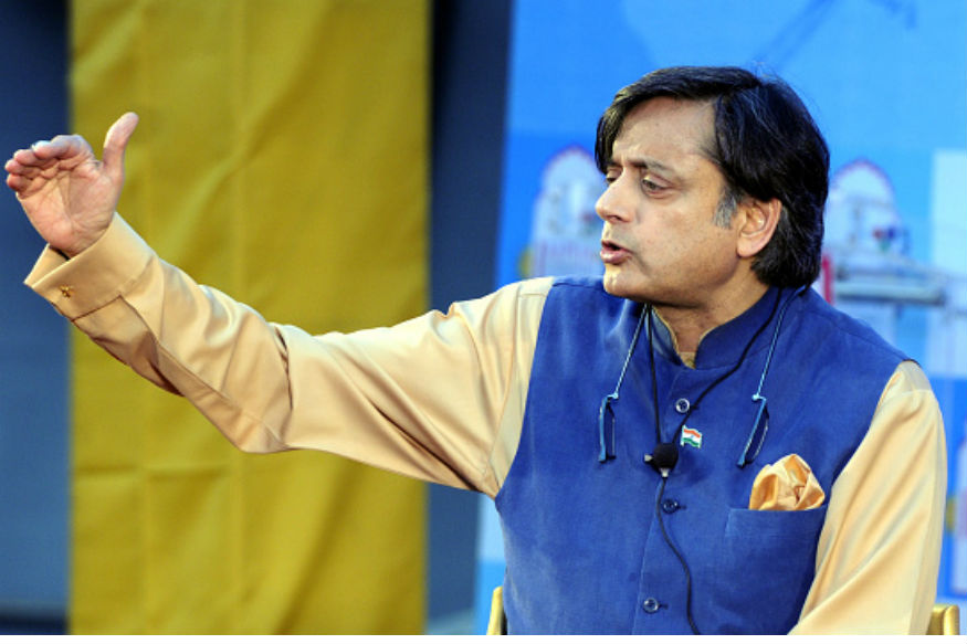 You Can't Call Tharoor Names on TV, Delhi HC Directs Arnab Goswami