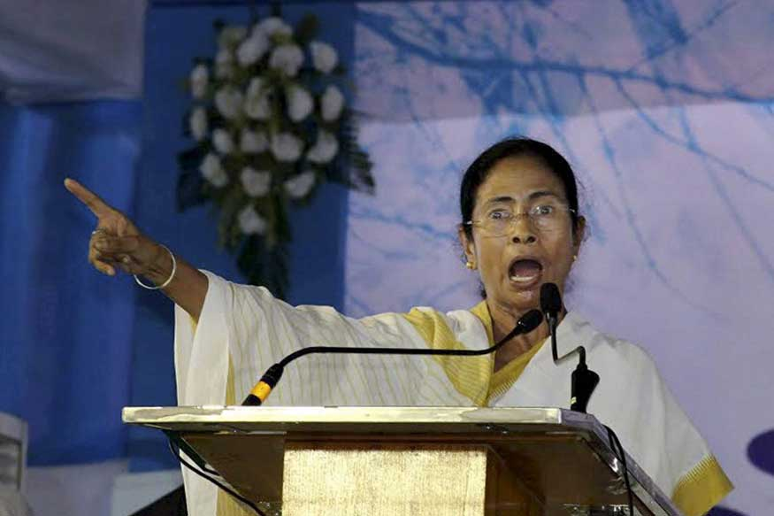 Mamata First Oppn Leader to Pull Out of Midnight Parliament Session on GST
