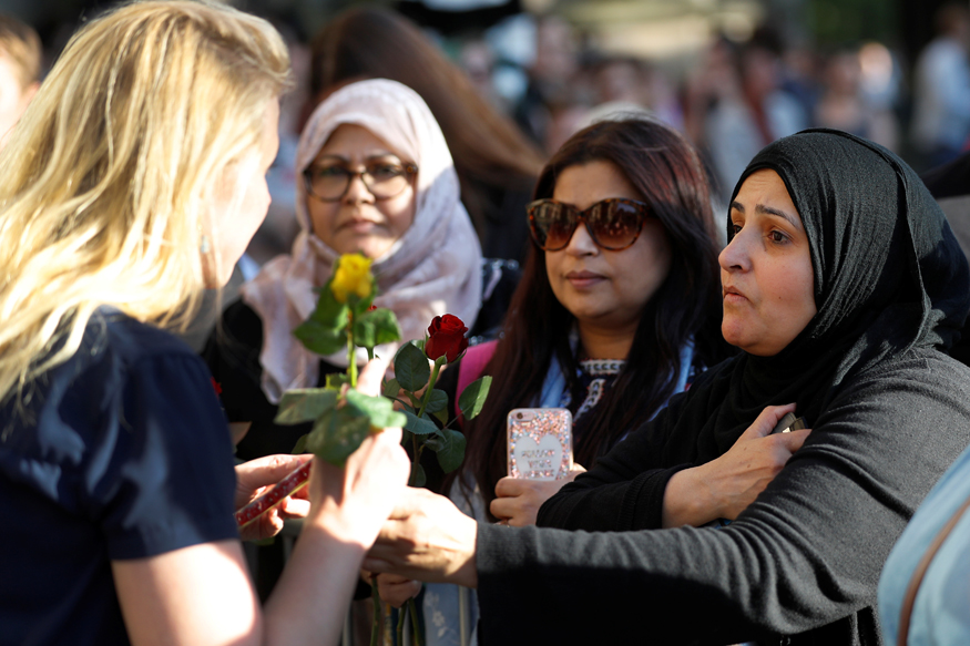 Manchester Unites After Bombing, Vigil Attracts People of All Faiths