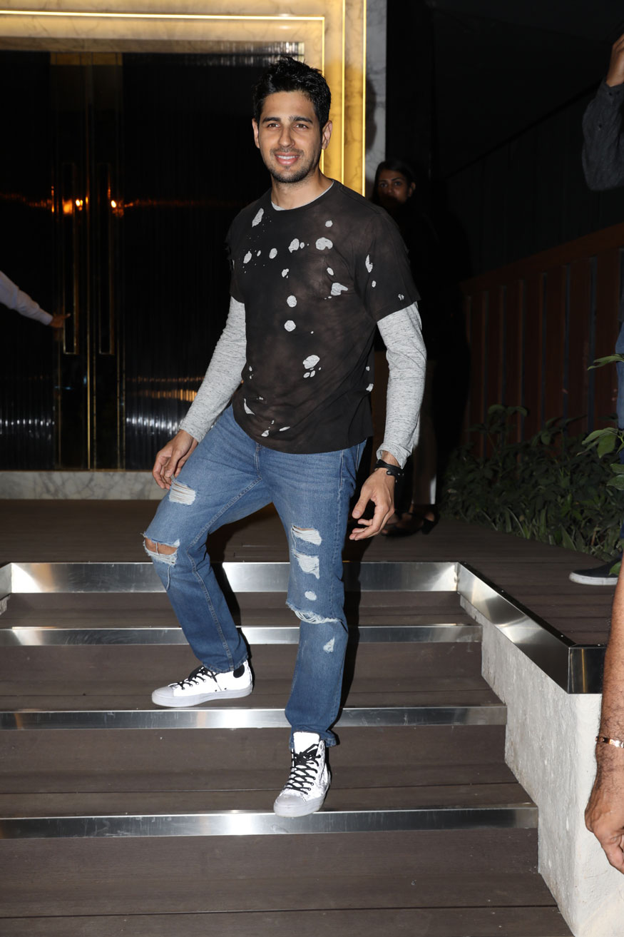 Sidharth Malhotra arrives at the opening of restaurant 'Arth' design by Gauri Khan. (Image: Yogen Shah)