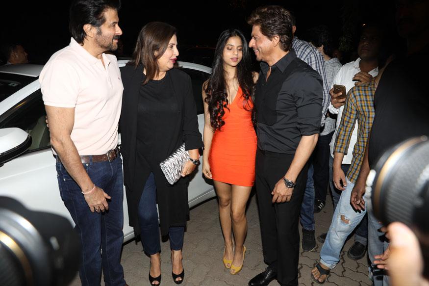 Anil Kapoor, Farah Khan, Suhana Khan and Shah Rukh Khan during the opening of restaurant 'Arth' designed by Gauri Khan. (Image: Yogen Shah)