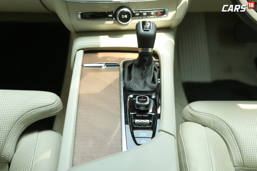 Volvo S90 gearbox, start-stop and drive mode selector. (Image: Siddharth Safaya/ News18.com)