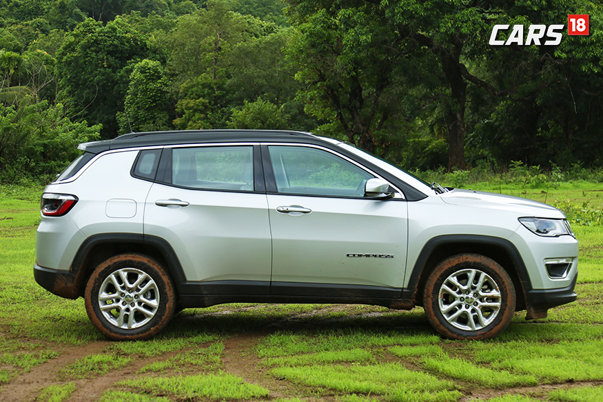 Jeep Compass side profile. (Photo: Siddhartha Safaya/News18.com)